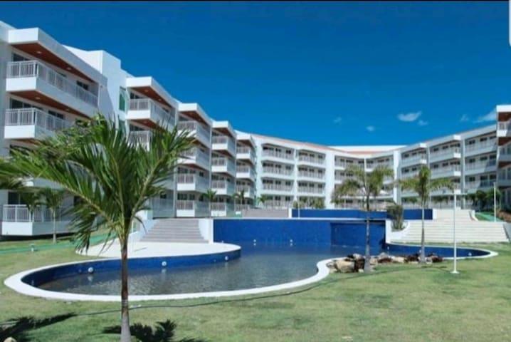 Apartamento Porto das Dunas próximo ao Beach Park