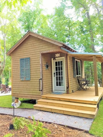 Tiny Cottage near Edisto with Guest SC Park Pass