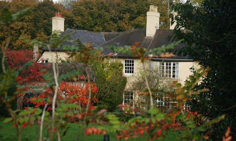West Stoke Farm Family-friendly B&B - Winchester - Bed & Breakfast