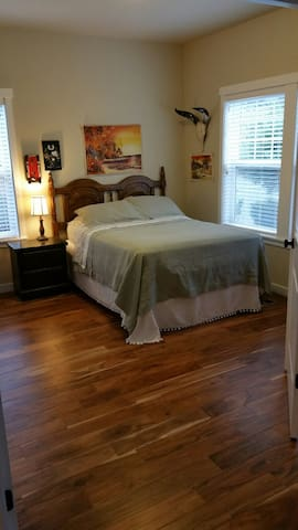 1 BR/1 BT near Hwy 26 and Intel - Hillsboro - Huis