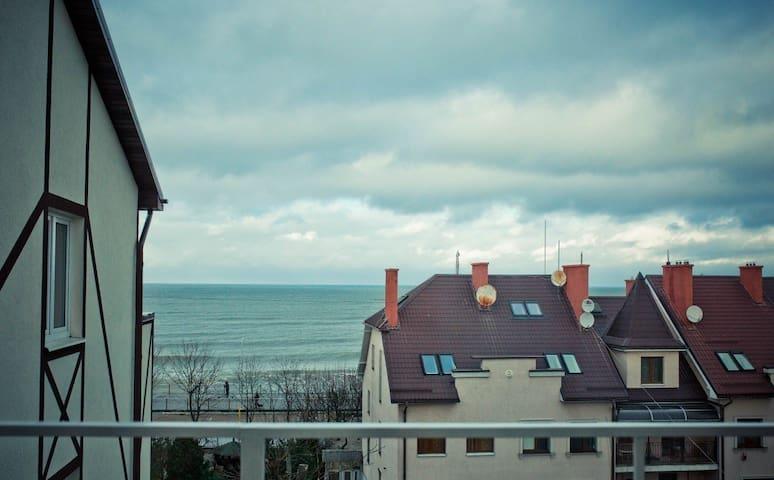 Первая линия моря (лофт апартаменты)