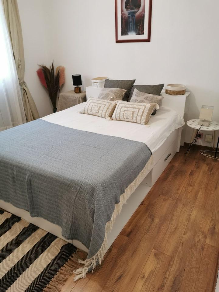 chambre cosy  privée sur Sete