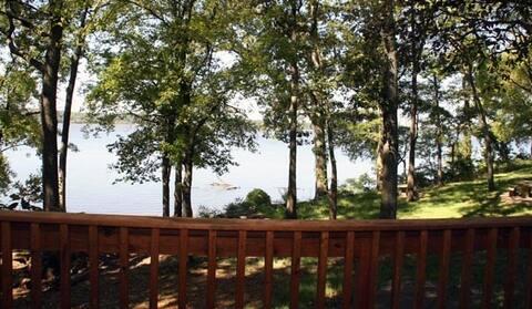 Escape Away! Lake Views (PRZ-TH02)