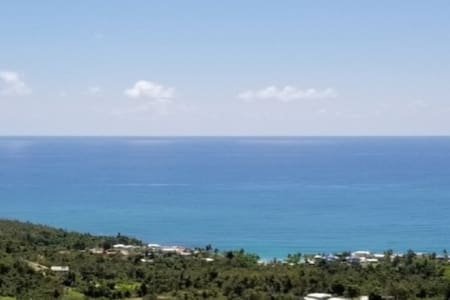 El Guano Hills' Million Dollar Ocean View Apt. 1