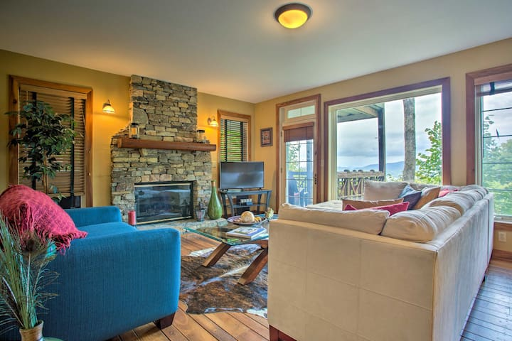 Burnsville Condo w/ Grill & Mountain Views!