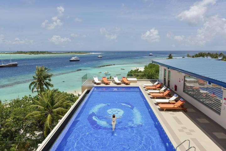 SEASON PARADISE MALDIVES SEAVIEW ROOM