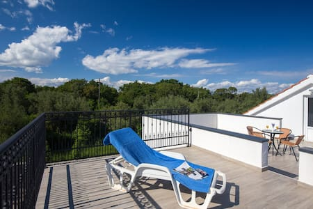 Apartment with fully private patio on Island Krk - Muraj