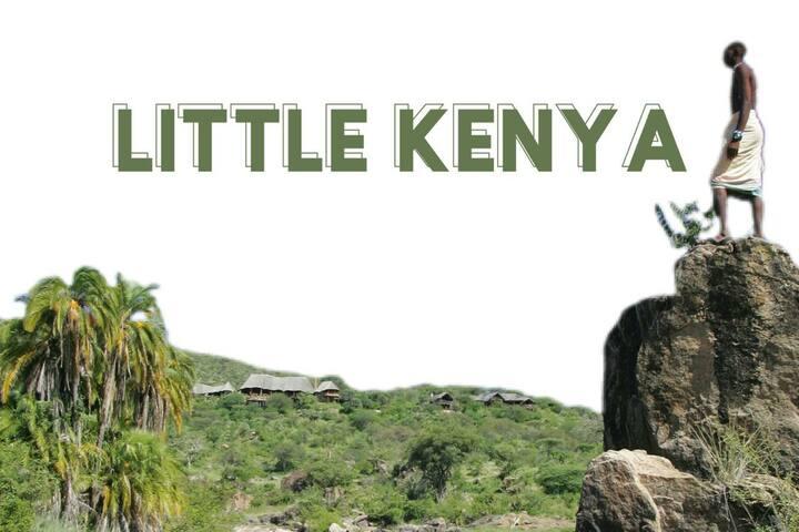 COUPLE FRIENDLY LITTLE KENYA
