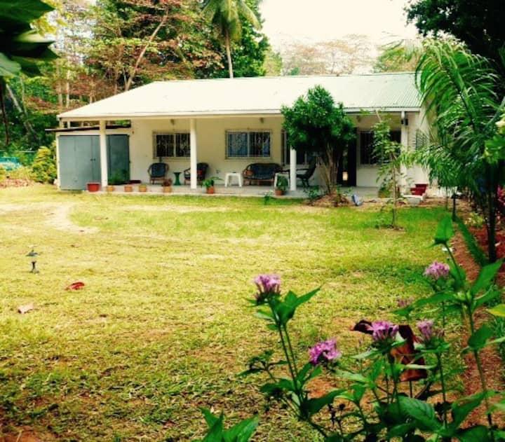 Exclusive family ocean view villa & big garden 4/6
