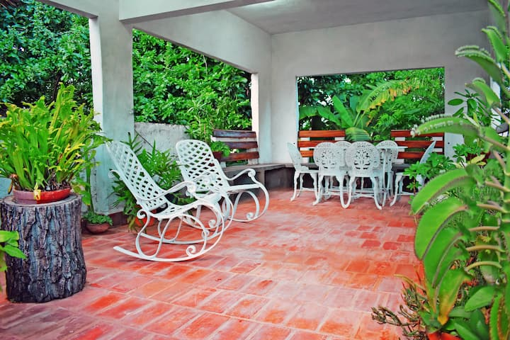 Hostal Cabriales, central room with terrace.