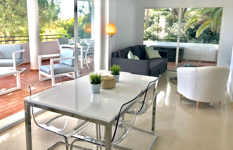 (37) Apartment on the Estepona Golf