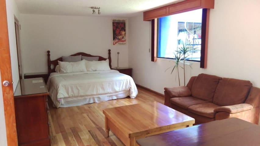 Suite con Baño Privado y Jardín en Coyoacán!
