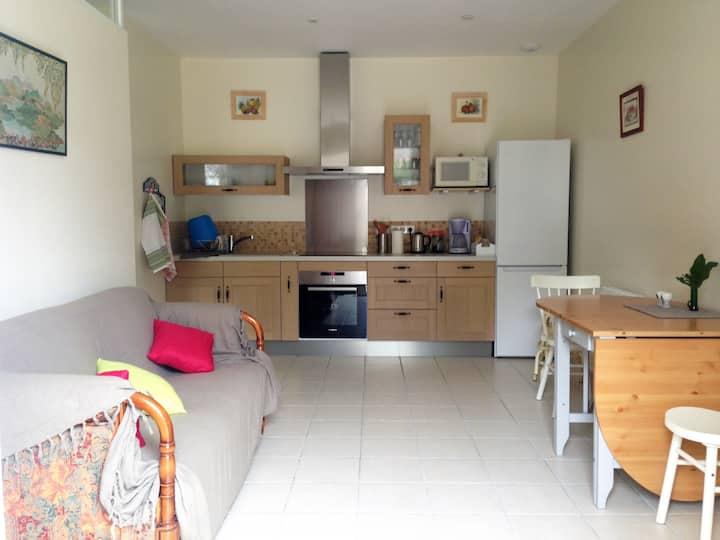 Appartement F2 rénové à Rambouillet