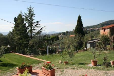 Monolocale sulle colline tra Lucca e Montecatini T - Al Colle - 公寓