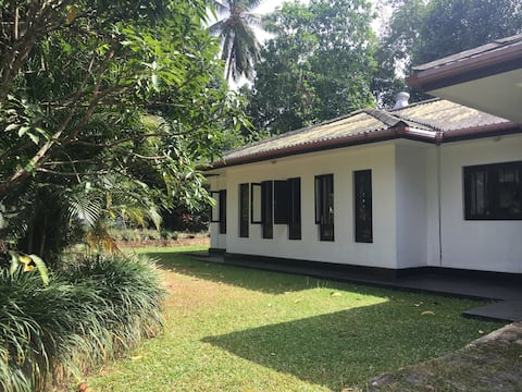 Secluded Holiday Villa just outside Kandy City