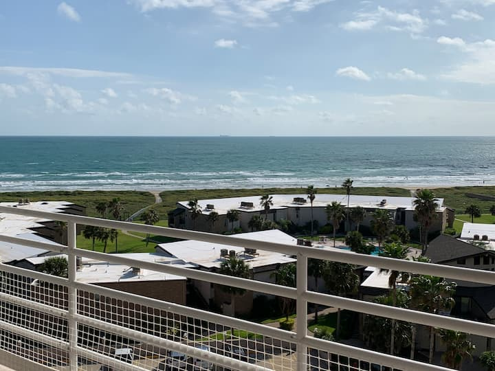 """New listing-Amazing beachfront and bay views!"""