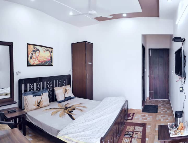 Agra Homestay, stay 1KM walking distance from Taj