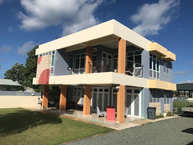 Modern Beach House Salinas