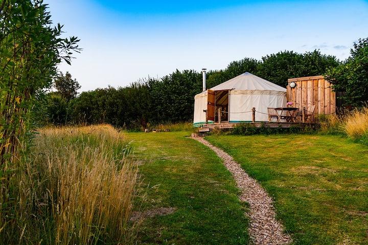 Russet: Luxury ensuite Yurt near Bridport