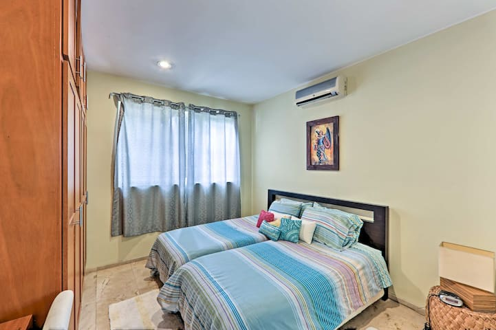 3rd bedroom- can be twin beds or king