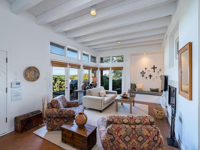 Casa Jemez, 2 Bedrooms, Ground Floor, Pool, Views, Sleeps 7