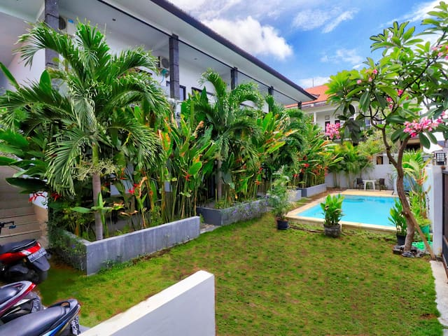 "Rise Apartement Sanur No. 6 ""Open Promo"" with Pool"