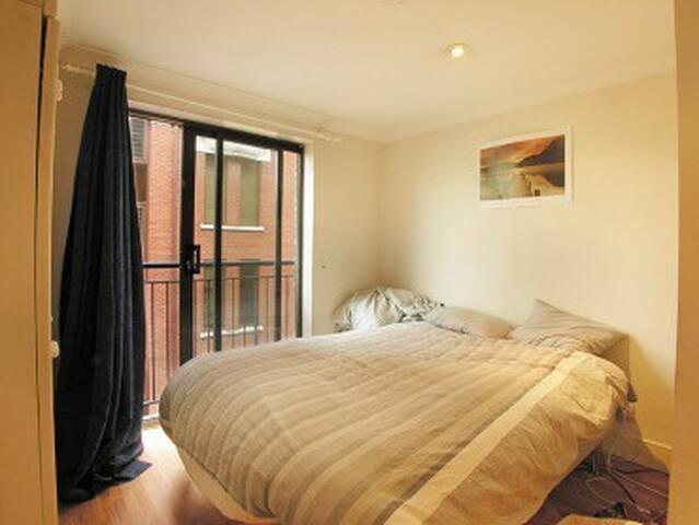 A nice flat 2 minutes walk to tube - 伦敦 - Apartamento