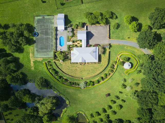 ✨Boutique Estate ❧Stays/Weddings/Functions ✨
