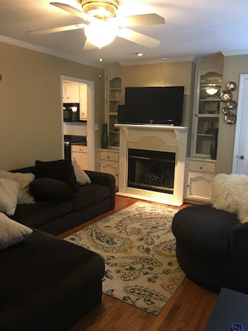 Bungalow in Old Town - Huntsville - Guesthouse