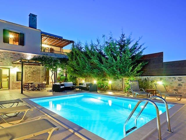 Olive Villa, Sgourokefali Crete
