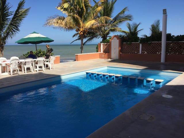 Beachfront apartment, amazing view - Progreso - Lejlighed