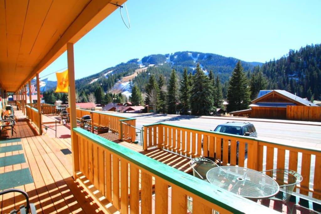 Ski Views have ski views.