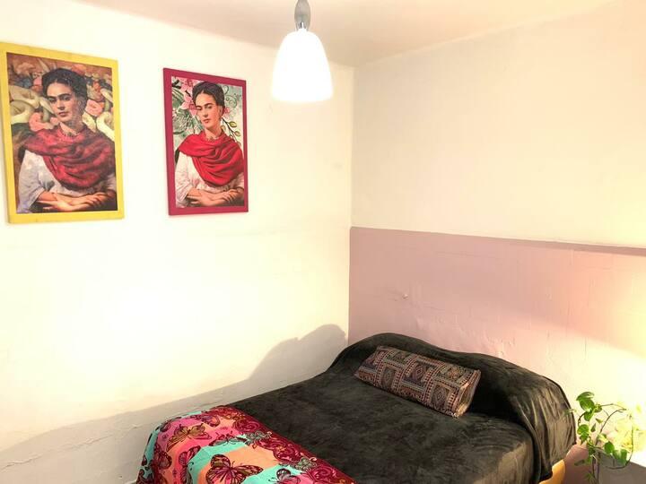 Habitación#3 Bonita cómoda limpia,colonia céntrica