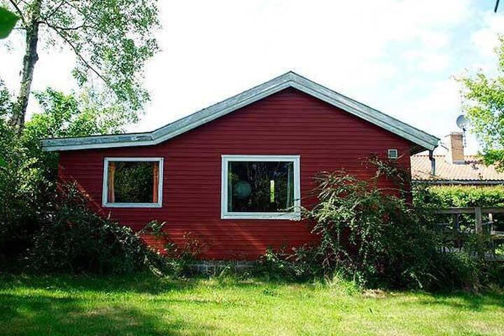 Dejligt sommerhus i Allinge - Ydmygt men godt. :)
