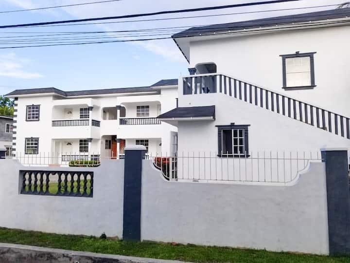 Harper's villa 2 bedroom condo L