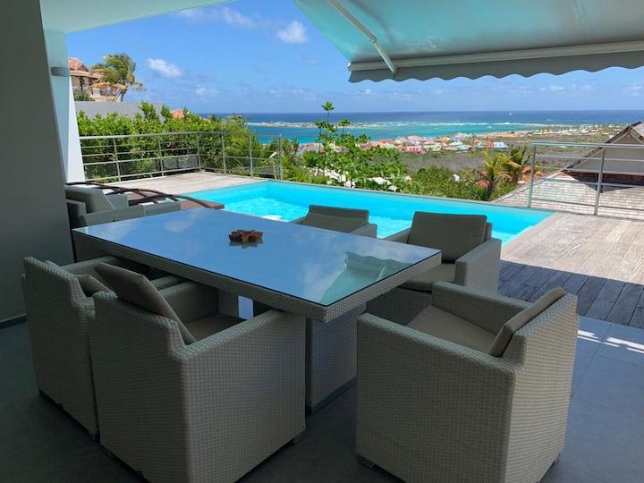 Villa vue mer et piscine Orient Bay