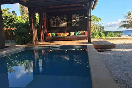 SunriseBeachVilla***** Luxury Beach House & Pool