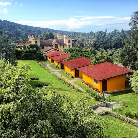 Villa Marita Beautiful Casita in El Santuario - Bajo Boquete - Cabin