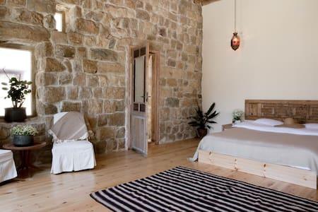 Terrace Room - BEYt el Jabal