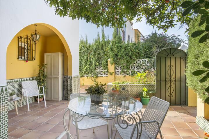 """Preciosa casa de vacaciones """"Casa Beramendi"""" con Wi-Fi, balcón, terraza y 2 patios"""