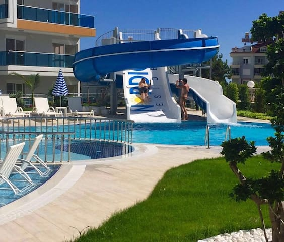 1+1 APARTMENT FOR RENT İN A WONDERFUL,COMPLEX - Alanya