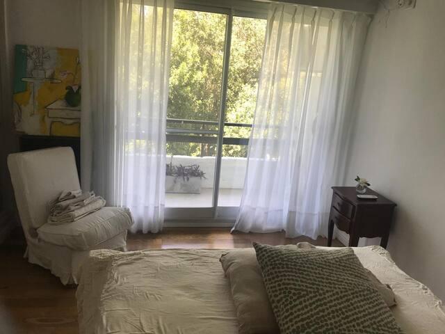 Muy lindo cuarto y departamento