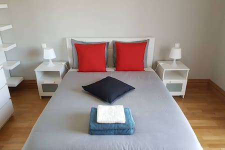 Peacefull Suite Bedroom, Free Wifi, 15min Airport