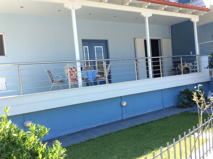 2 floor house, with garden, peaceful & great view
