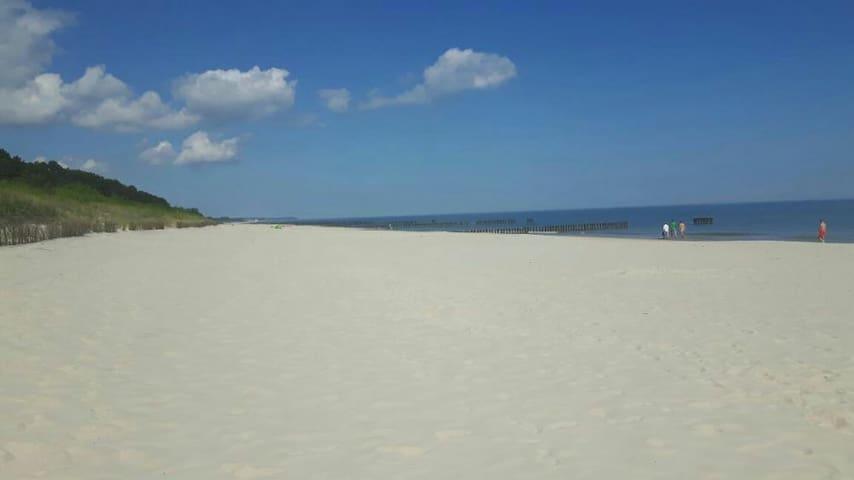 Pokoje  nad morzem,2 minuty do plazy