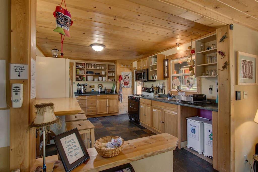 Front communal kitchen