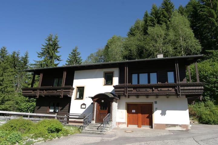 Gemütliches Apartment nahe Skigebiet in Bad Kleinkirchheim