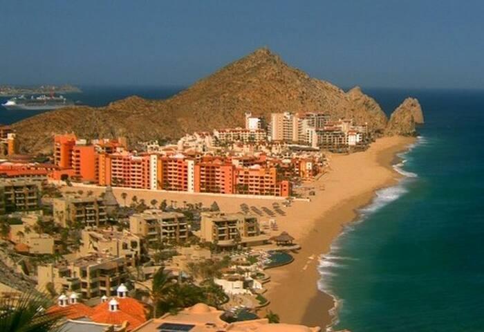 Cabo's Most Convenient Location - Cabo San Lucas - Condomínio