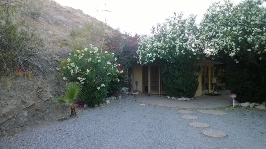 location, location, location - Palm Desert - Holiday home