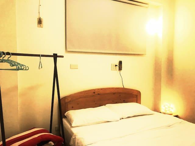 LGBT友善國華街雙房三人二樓小公寓 與房東同住